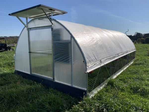 Mobile Range Coop [Broilers] Model 600 1